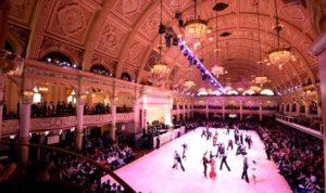 opyright: Blackpool Dance Festival ※Blackpool Dance Festivalの試合の様子。ダンス界では最高峰の試合。